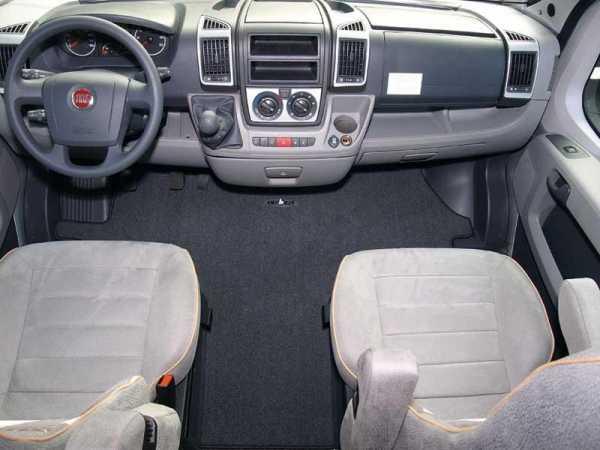Fahrerhaus-Teppich Luxus Ford Transit ab 4/2006, Handbremse Mitte