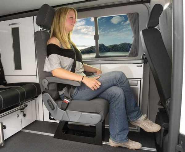 Eurositz A400, Einzelsitz mit integriertem Dreipunktgurt, TÜV geprüft